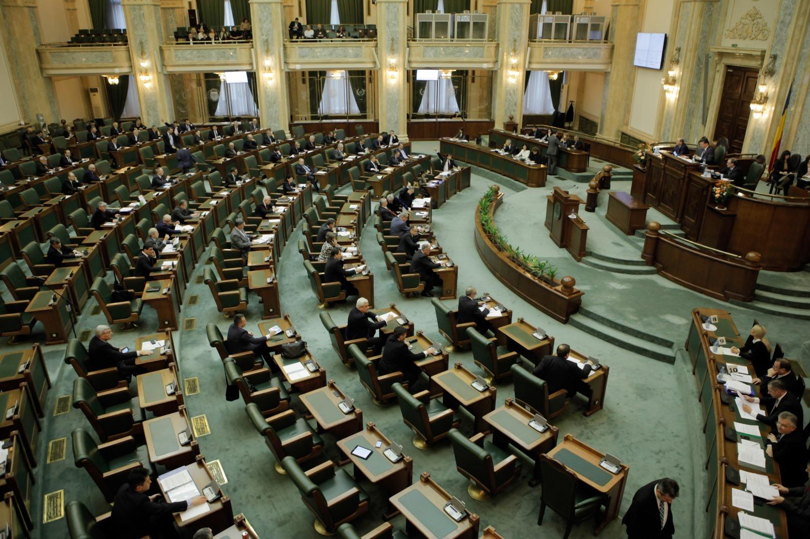 Senatul a adoptat proiectul prin care data alegerilor este stabilită de legislativ